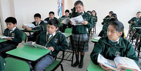 Comienza la jornada escolar completa en mil escuelas de secundaria de ...