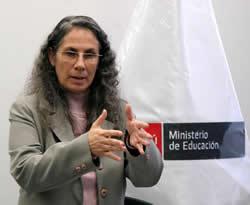 MINISTRA DE EDUCACIÓN
